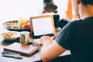 Cara Menulis Artikel Ramah SEO di Website Anda